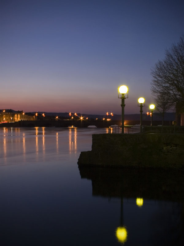 Thomond Bridge at Dusk