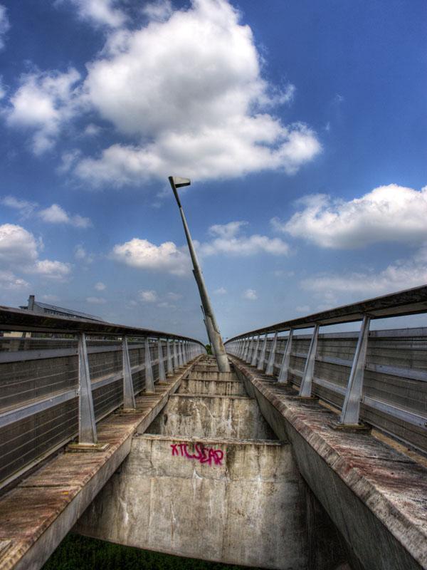 Bridge over the Shannon